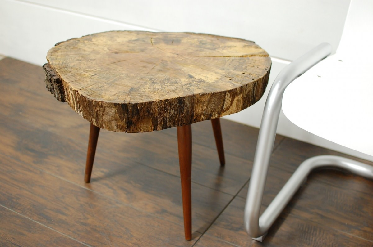Natural Tree Stump Side & End Tables • Southern Sunshine. Full resolution‎  file, nominally Width 2256 Height 1496 pixels, file with #90703B.