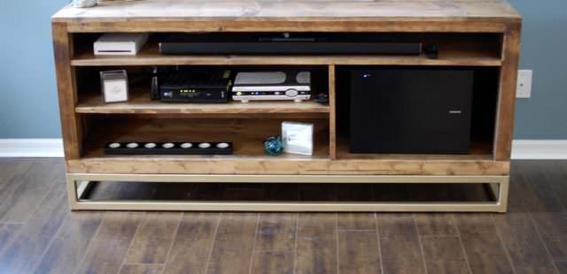 New Design – The Hampton TV & Media Console
