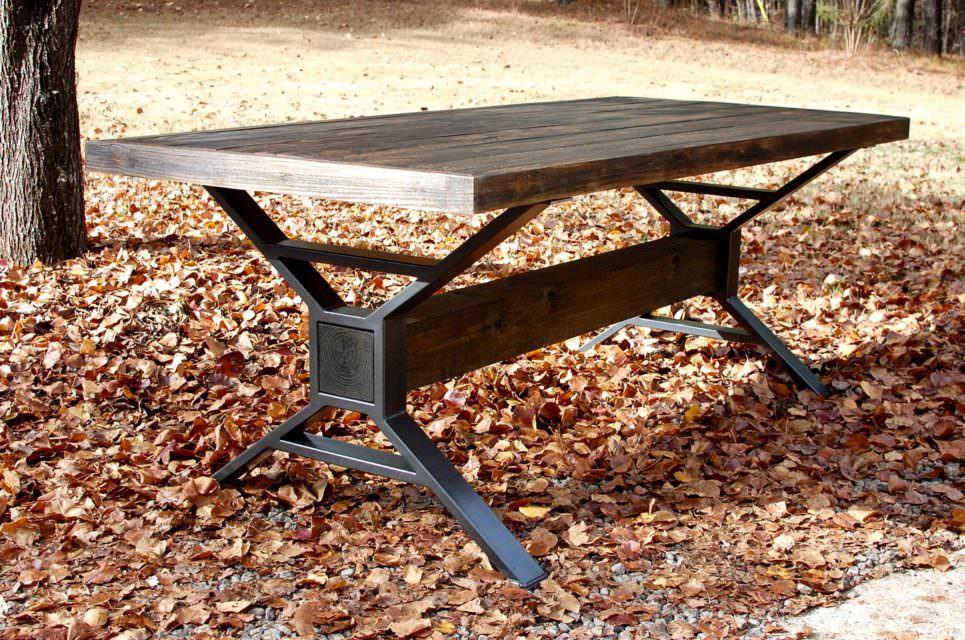 Gatlinburg Dining Table